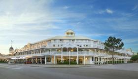 Esplanade Hotel Fremantle - By Rydges - Fremantle - Building