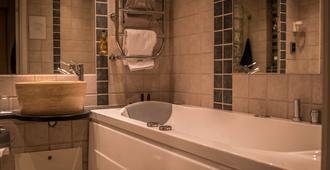 V 호텔 헬싱보리 베스트 웨스턴 프리미어 컬렉션 - 헬싱보리 - 욕실
