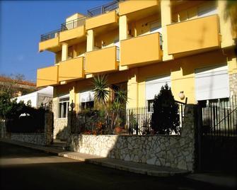 Baia Del Sole - Santa Flavia - Building