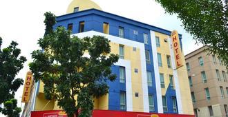 โรงแรมซันอินน์ส โกตาดามานซารา - เปอตาลิง จายา