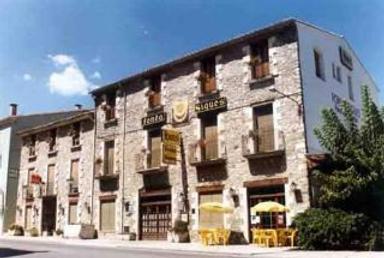 Hotel Fonda Siques - Sant Ferriol - Building