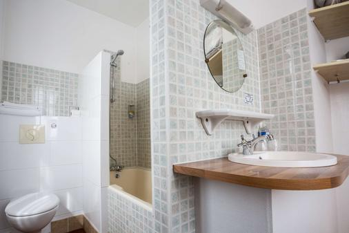 Best Western Hotel Des Voyageurs - Fougères - Bathroom