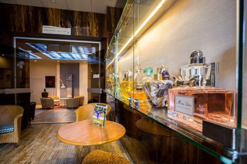Best Western Hotel Des Voyageurs - Fougères - Buffet