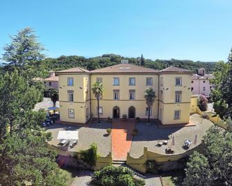 Borgo San Martino Club Resort - Riparbella - Edificio