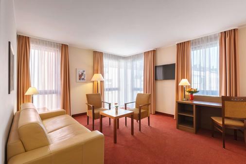 Best Western Hotel Bamberg - Bamberg - Living room