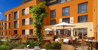 Best Western Hotel Bamberg - Bamberg - Patio