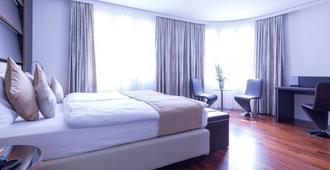 فندق كرون أنتر شتراس - زيورخ - غرفة نوم