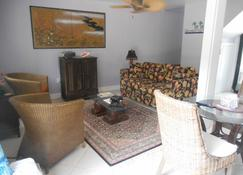 Featherstone's House of the Rising Sun - Cayman Brac - Living room
