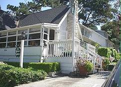Carmel Green Lantern Inn - Carmel-by-the-Sea - Edifício