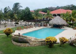 Los Porticos Villas - Placencia - Pool