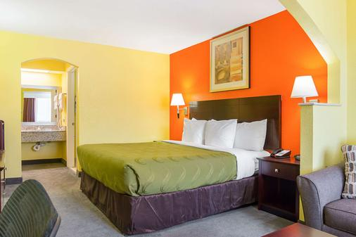 Quality Inn - Carthage - Schlafzimmer