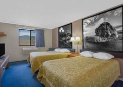 Super 8 by Wyndham Winnemucca NV - Winnemucca - Bedroom