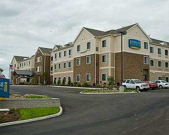 Hawthorn Suites by Wyndham Williamsville Buffalo Airport - Williamsville - Gebouw