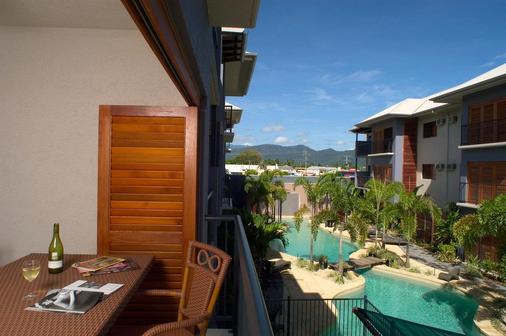 Southern Cross Atrium Apartments - Cairns - Balcony