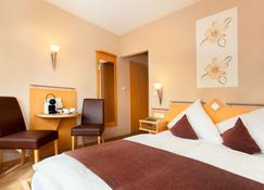 Moselhotel Weiskopf - Bernkastel-Kues - Yatak Odası