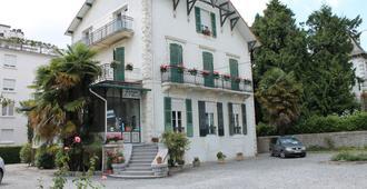 Hôtel Montilleul - פו - בניין