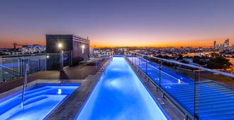 Oaks Brisbane Woolloongabba Suites - Brisbane - Pool