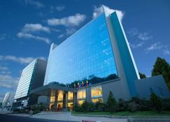 GHS Hotel - Brazzaville - Gebouw