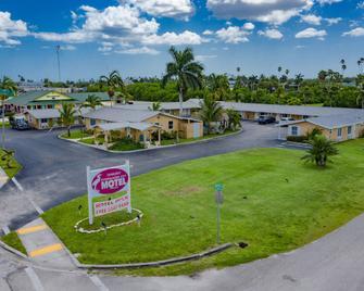 Everglades City Motel - Everglades Adventures Inn - Everglades - Venkovní prostory