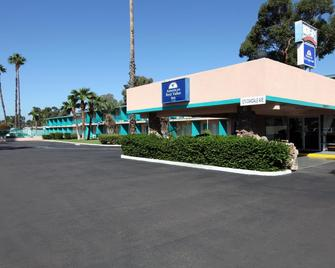 Americas Best Value Inn-El Cajon/San Diego - El Cajon - Building