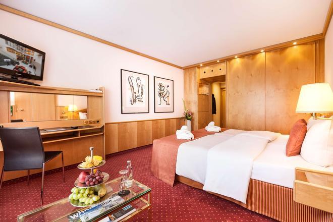 Living Hotel Großer Kurfürst by Derag - Berliini - Makuuhuone
