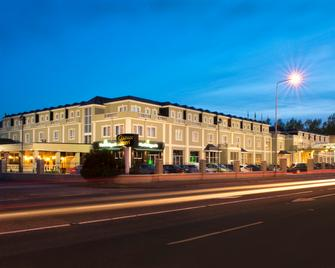 Clanree Hotel Conference & Leisure Centre - Letterkenny - Building