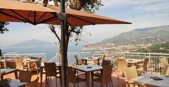 Hotel Villa Fiorita - Sorrento