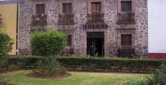 Hotel el Carmen - מורליה - בניין
