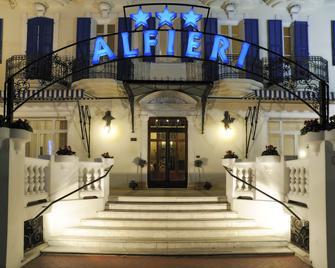 Hotel Alfieri - Alassio