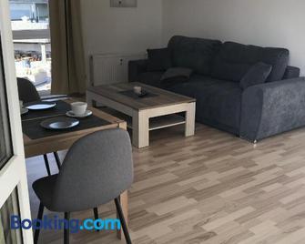 Hafen-Apartment Aurich - Aurich - Living room