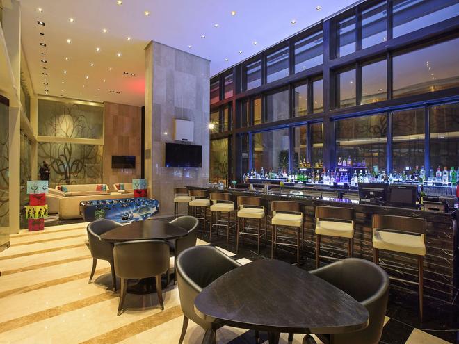 加爾各答諾富特酒店 - 加爾各答 - 加爾各答 - 酒吧