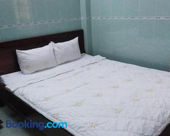 Minh Ha Hotel - Lagi - Bedroom