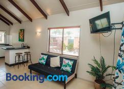Nikao Beach Bungalows - Rarotonga - Sala de estar