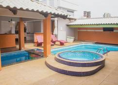 Palmas Hostel - Palmas - Piscina