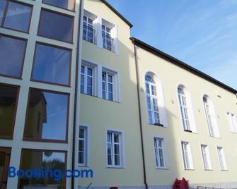 Gosciniec Darlowo & Spa - Darłowo - Building