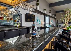 Best Western Laval-Montreal - Laval - Bar