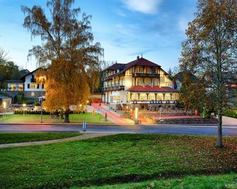Park Hotel Bad Salzig - Boppard - Gebouw