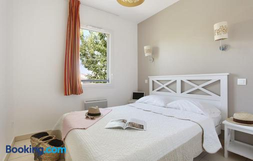Résidence Odalys Le Mas des Flamants - Aigues-Mortes - Bedroom