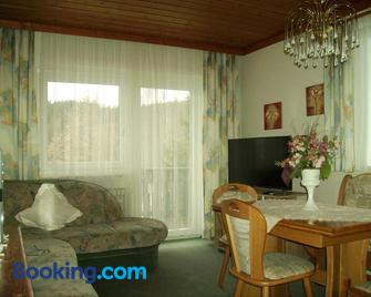 Ferienhaus Sonja - Lindberg - Living room