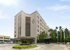 Hotel Poblado Plaza - Medellín - Edificio