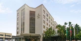 Hotel Poblado Plaza - Medellín - Edifício