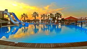 Doreta Beach Resort Petaloudes - Ρόδος - Πισίνα