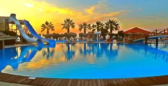 Doreta Beach Resort - רודוס (עיר)