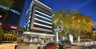Guvenay Business Hotel - Ankara - Toà nhà