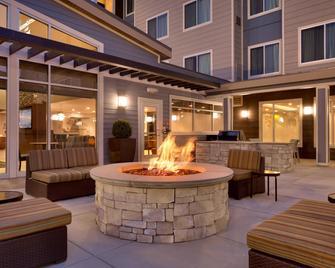 Residence Inn by Marriott Salt Lake City-West Jordan - West Jordan - Patio
