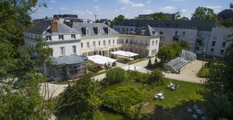Château Belmont Tours by The Crest Collection - Tours - Rakennus