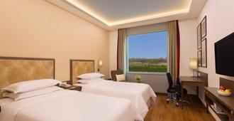 Four Points by Sheraton New Delhi Airport Highway - ניו דלהי