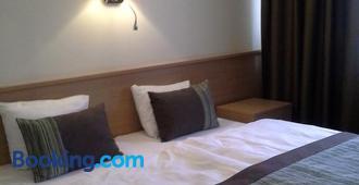 Sky-High Hotel - Riga