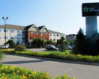 Extended Stay America - Fishkill - Route 9 - Fishkill - Building