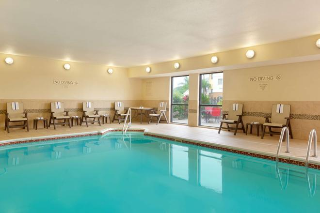 Country Inn & Suites by Radisson, Corpus Christi - Corpus Christi - Piscina